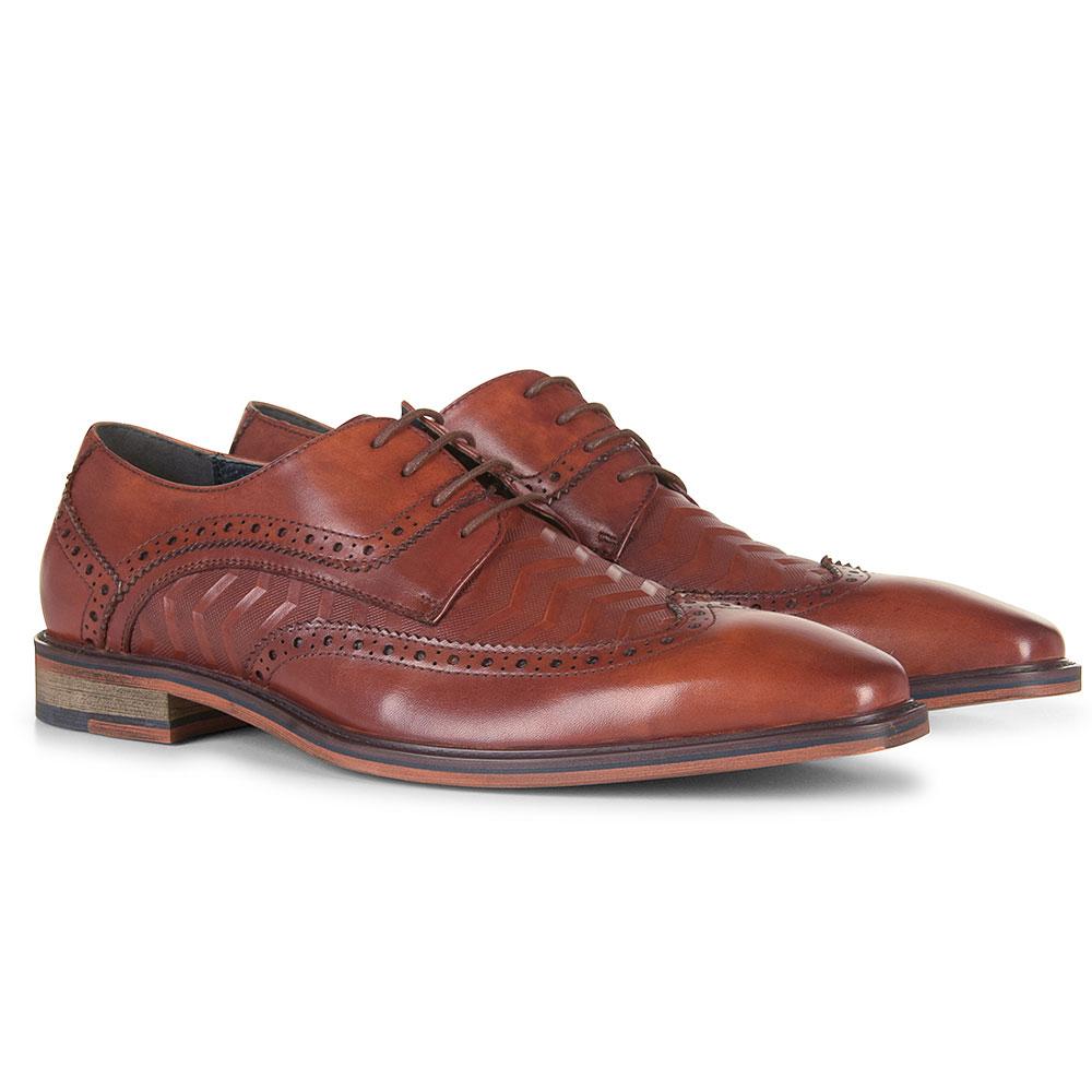 Moses Shoe in Tan
