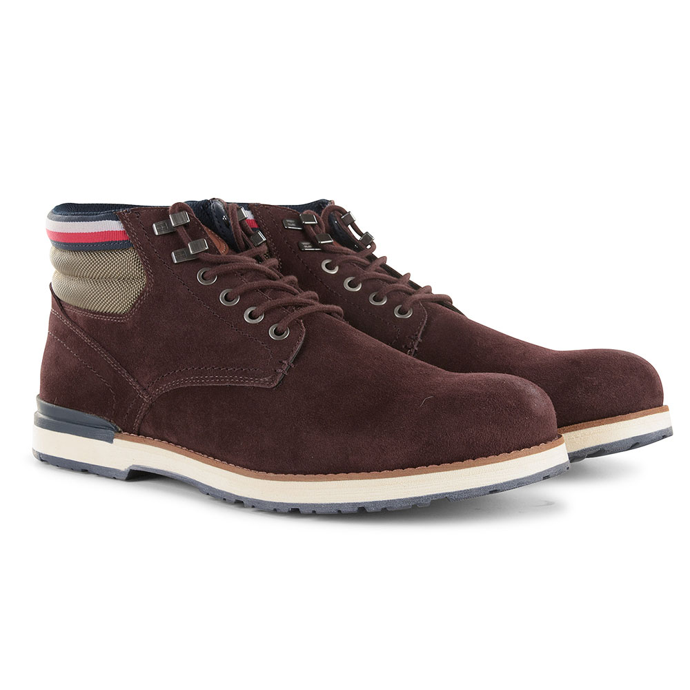 Outdoor Suede Boot in Brown