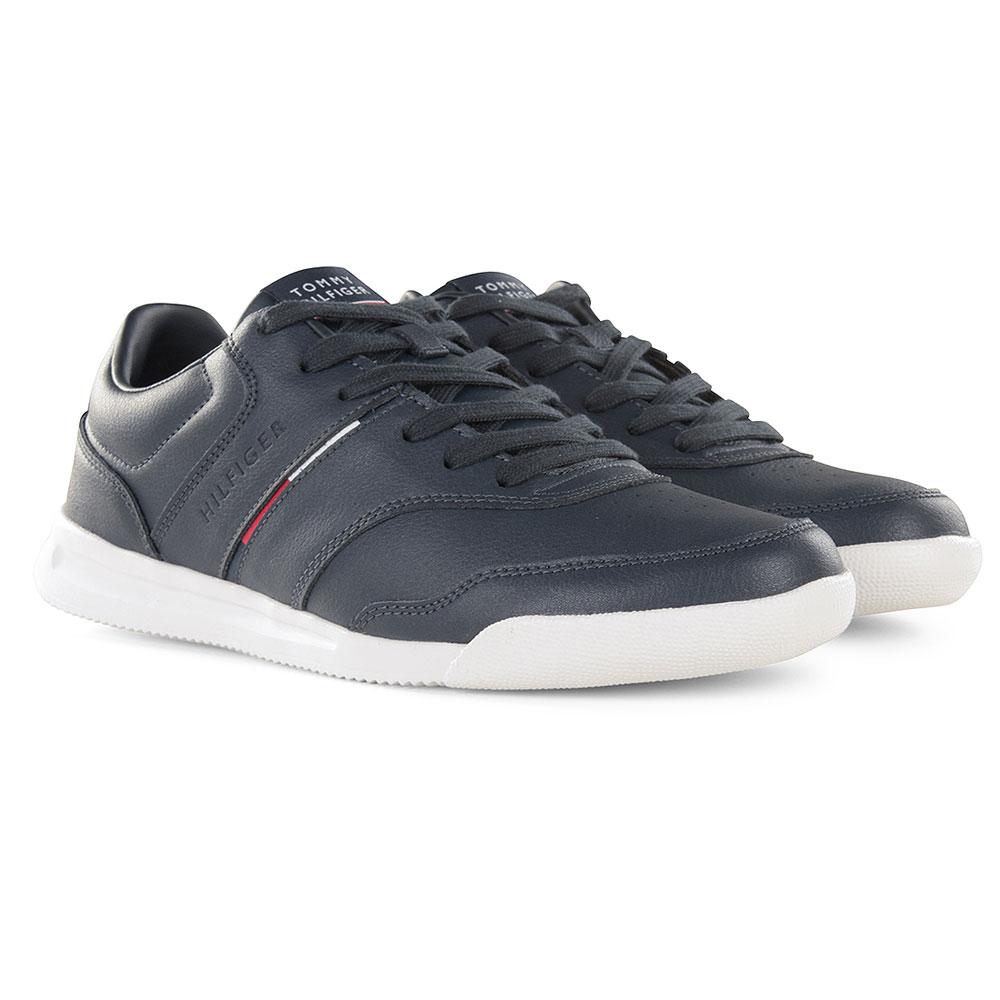 Lightweight Sneaker in Navy