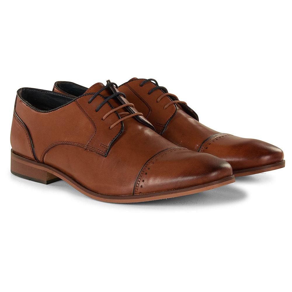 Regus Shoe in Tan