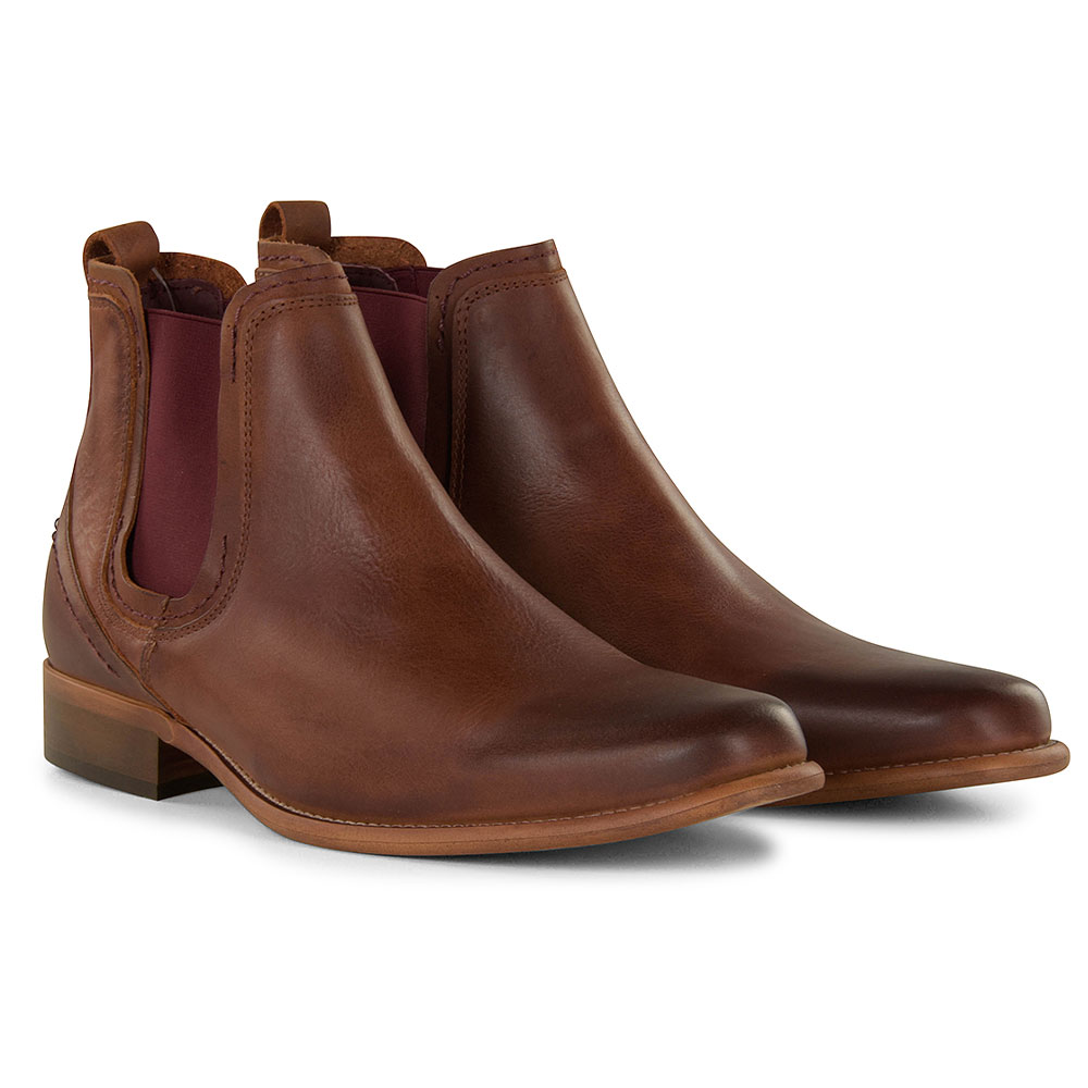 Austin Chelsea Boot in Brown