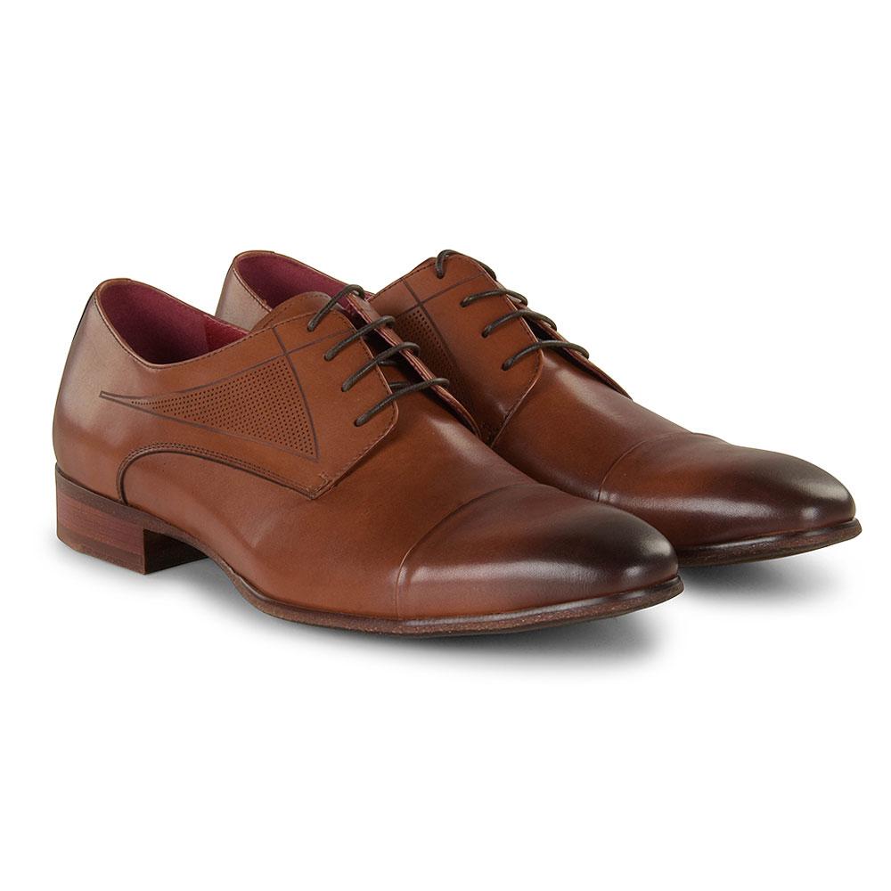 MGN0904 Shoe in Tan