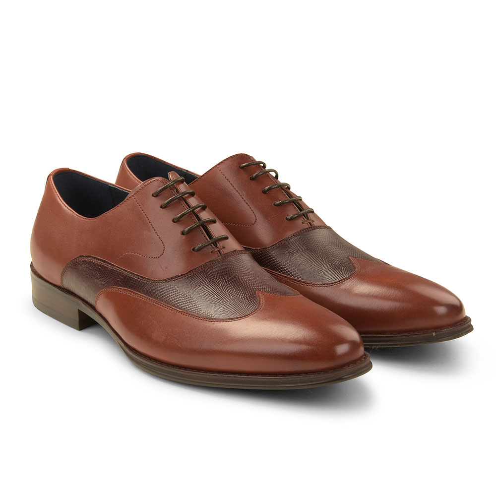 Allianz Shoe in Tan