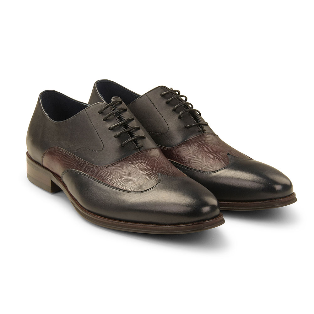 Allianz Shoe in Navy