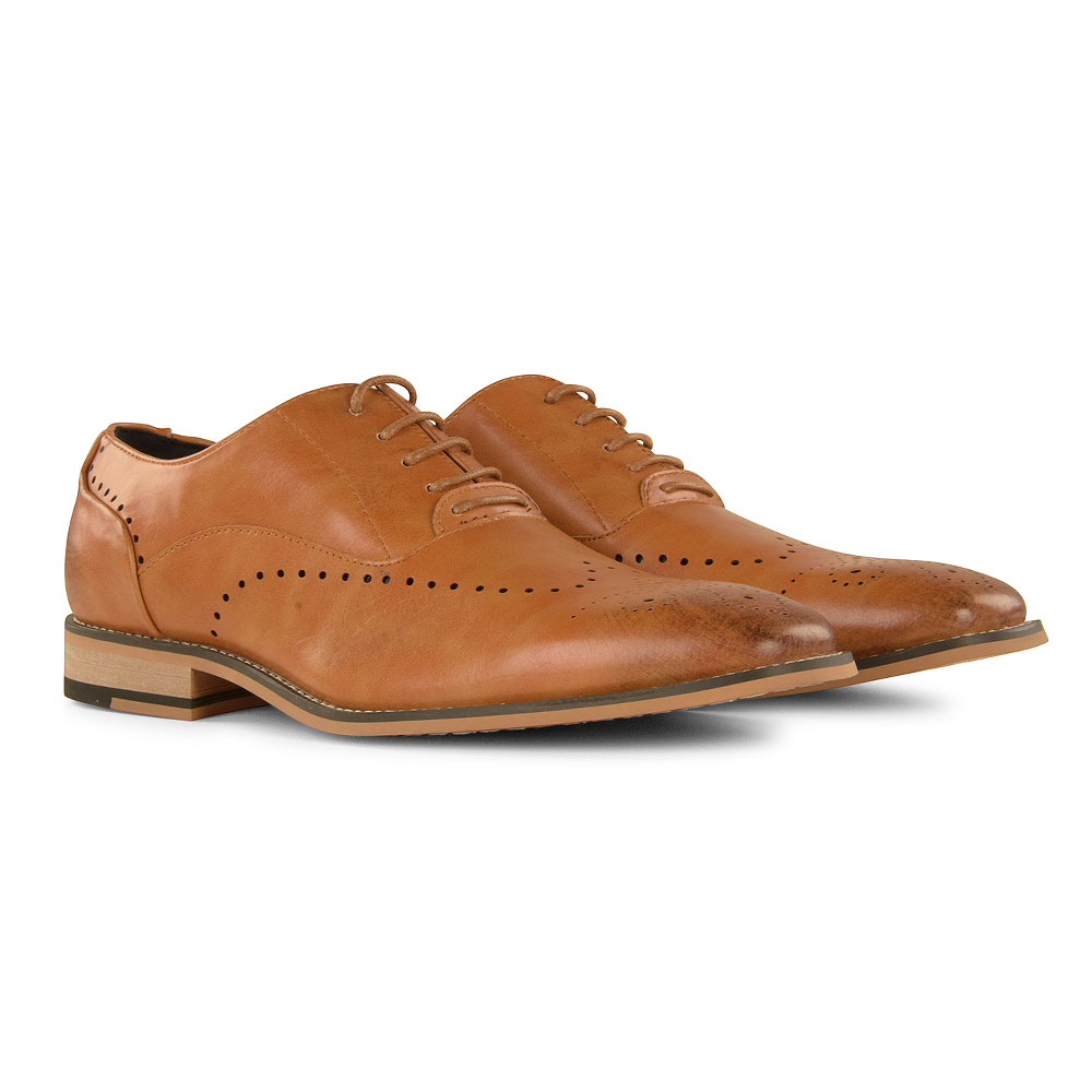 Fabian Shoe in Tan