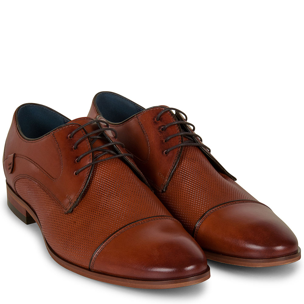Dress Shoe in Brown