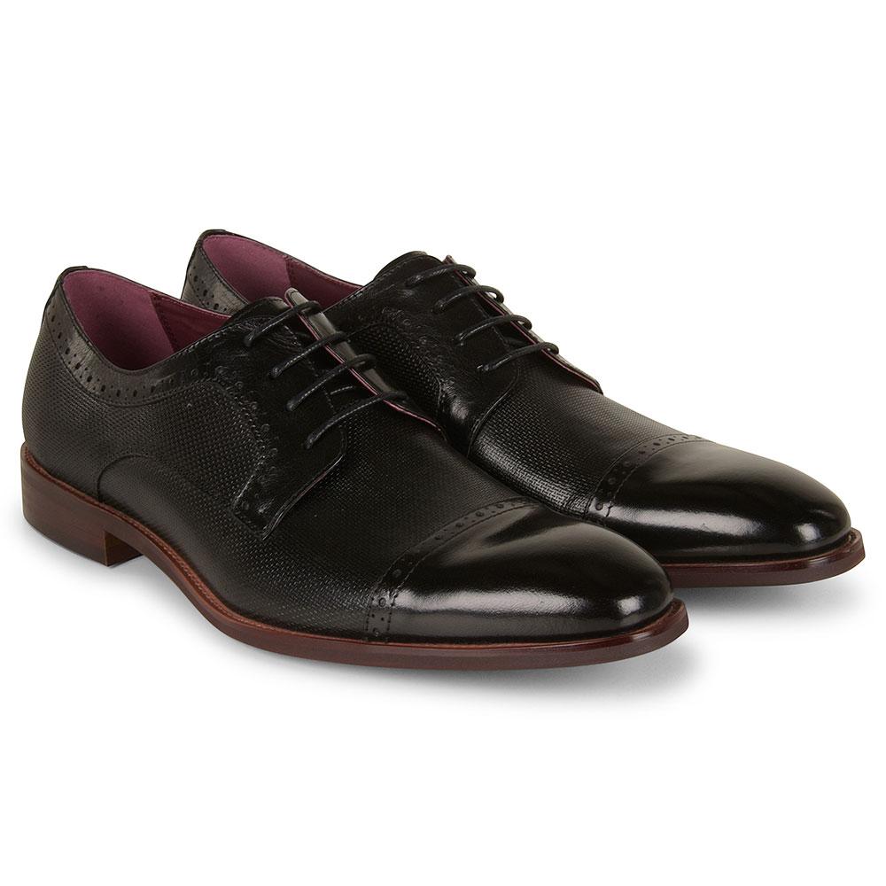 Okawango Shoe in Black
