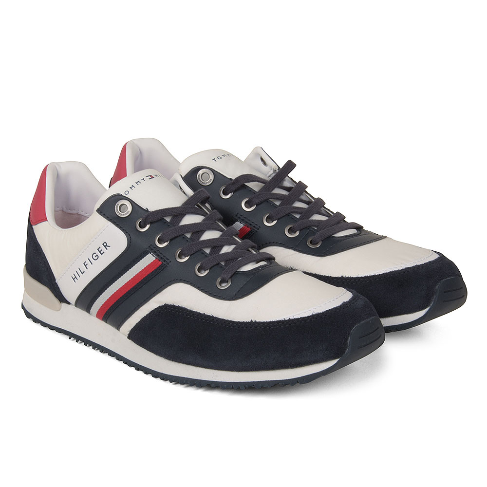 Low Mix Trainer in Navy