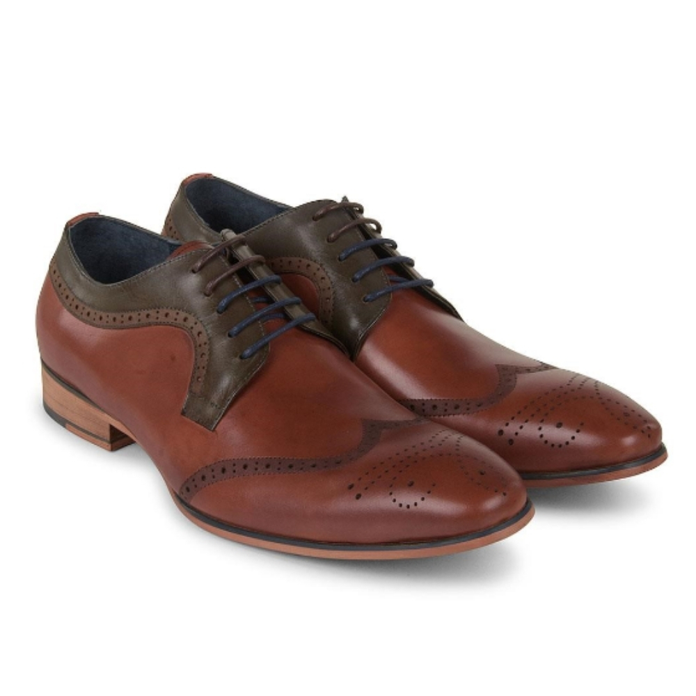 Twickenham Shoe in Lt Tan
